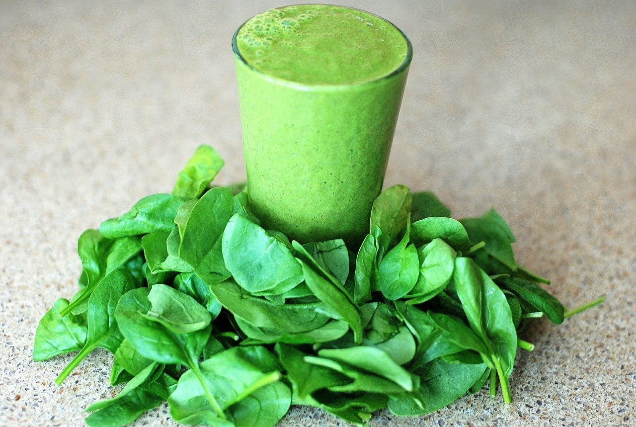 Green smoothies can help remedy pregnancy nausea