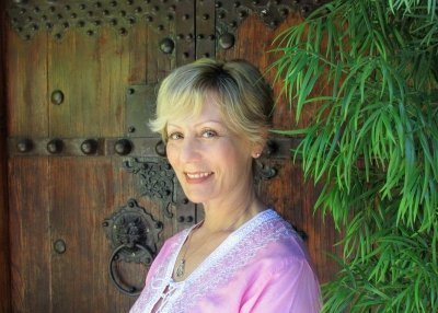 Melanie Wachsman, birth & postpartum doula, Lactation Educator - The Yoga of Birth Class Online teacher
